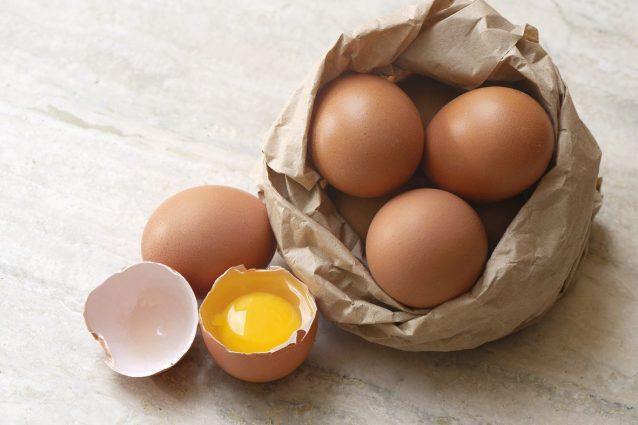 6 ragioni per cui le uova sono l'alimento più sano al mondo