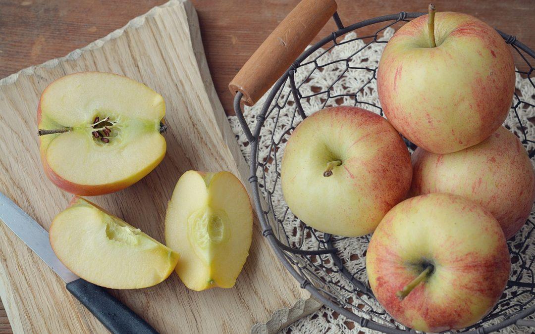 """""""Una mela al giorno toglie il medico di torno"""""""